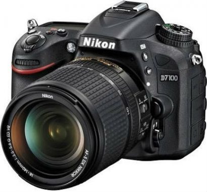 Nikon D7100 (18-140 mm Lens)